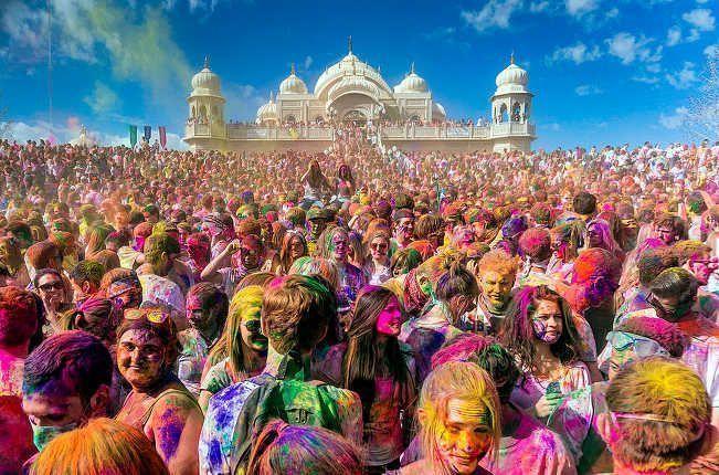 Trabajar En El Holi O El Festival De Los Colores De La India Trabajar Por El Mundo Empleo Formación Nómada Digital