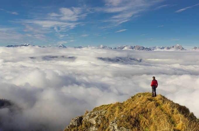 Trabajar este verano en los Alpes en el sector del turismo activo