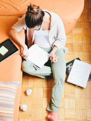 beca-para-estudiar-en-el-extranjero-en-el-piso