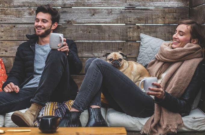 booking busca personas para trabajar como freelance