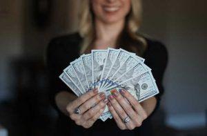 8 formas de ganar dinero con amazon
