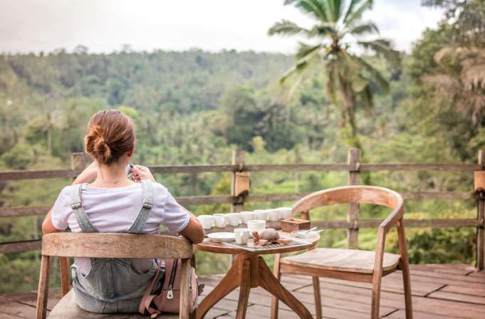 40 formas de ganar dinero mientras viajas