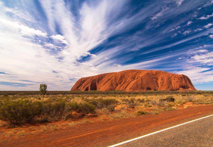 Work and Holiday Australia para españoles Uluru