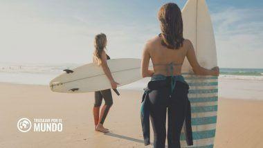 nómada digital y practicar surf